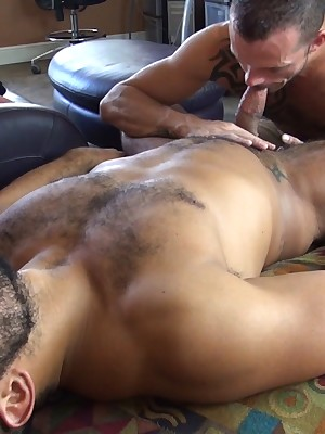 CumPigMen - Trey Turner Feeds Jimmie Slater His Obese Blarney Coupled with Hot Saddle with
