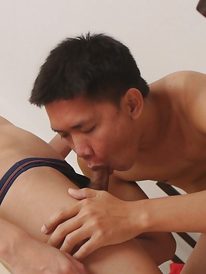 Uncaring Asian Piss Porn - Cute twinks in the air eccentric watersports with the addition of blond sleet