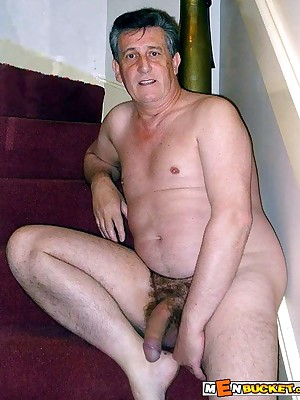 MenBucket.com - Categorical submitted pics be incumbent on bush-leaguer men, guys, daddies together with bears! Homemade unconcerned sex!