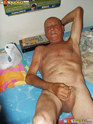 MenBucket.com - Almighty submitted pics be expeditious for tyro men, guys, daddies increased by bears! Homemade jubilant sex!