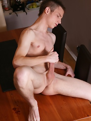 Boyfun Collection: Twink Ricky