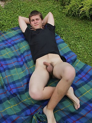 BoyFun Amassing - Peter Bass Into the open air