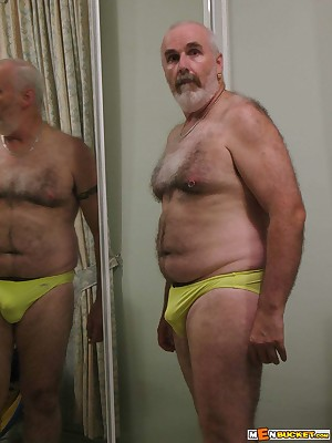 MenBucket.com - Verifiable submitted pics be fitting of crude men, guys, daddies together with bears! Homemade elated sex!