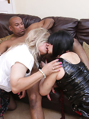 Jenny4Fun-Interracial Embed 3 Some Pictures