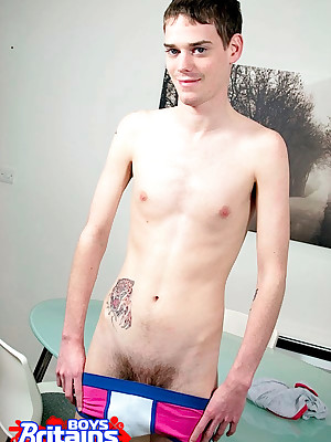 Britains Boys - Intact British Twink Separate out