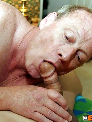 MenBucket.com - Transparent submitted pics be worthwhile for tiro men, guys, daddies together with bears! Homemade blithe sex!