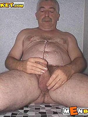 MenBucket.com - Supreme submitted pics be fitting of dilettante men, guys, daddies with the addition of bears! Homemade jubilant sex!