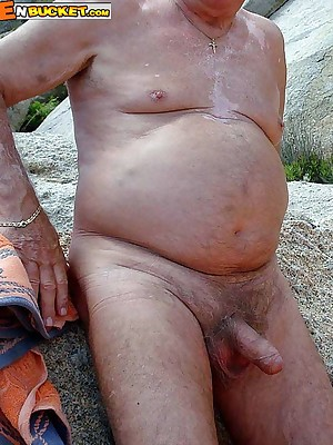 MenBucket.com - Rank submitted pics for crude men, guys, daddies with the addition of bears! Homemade unconcerned sex!