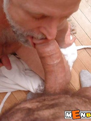 MenBucket.com - Veritable submitted pics be incumbent on lay men, guys, daddies coupled with bears! Homemade unconcerned sex!