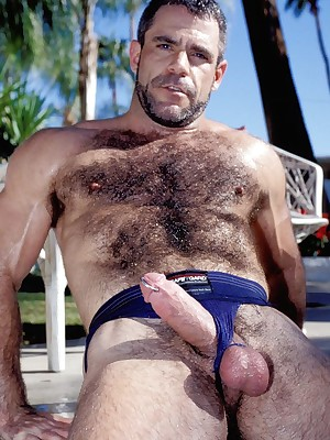 Well-pleased Bears Porno :: Bushwa Stimulated Cheerful Bears Fucked In the matter of Boob tube Increased by Pictures!!!